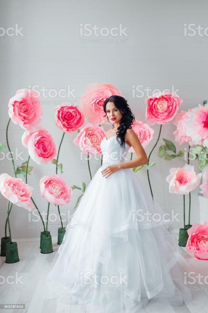 Portrat Einer Schonen Mode Braut Suss Und Sinnlich Hochzeit Make Up