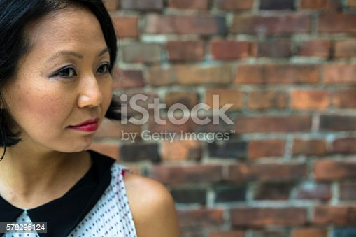 519052198 istock photo Portrait of a beautiful Japanise woman in Kyoto, Japan. 578295124