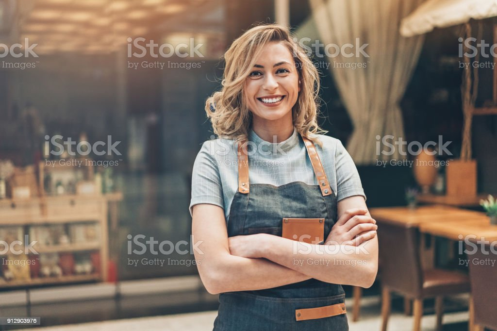 Retrato de hermosa mujer microempresaria - foto de stock