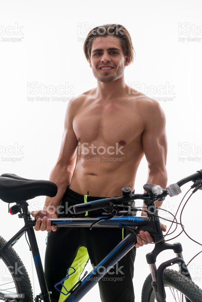 與山地自行車騎自行車的人的肖像 免版稅 stock photo