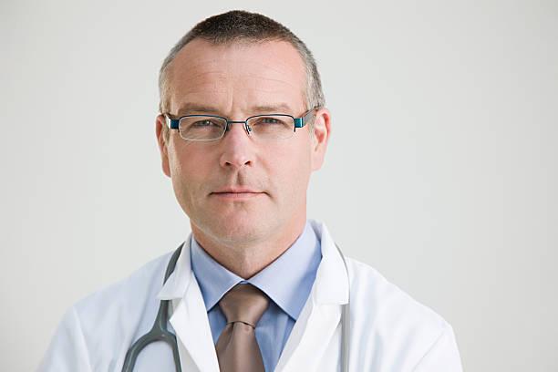 portrait of a doctor - hospital studio bildbanksfoton och bilder