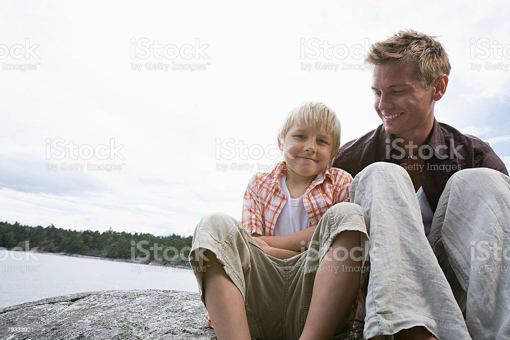 Retrato de um pai e filho foto de stock royalty-free