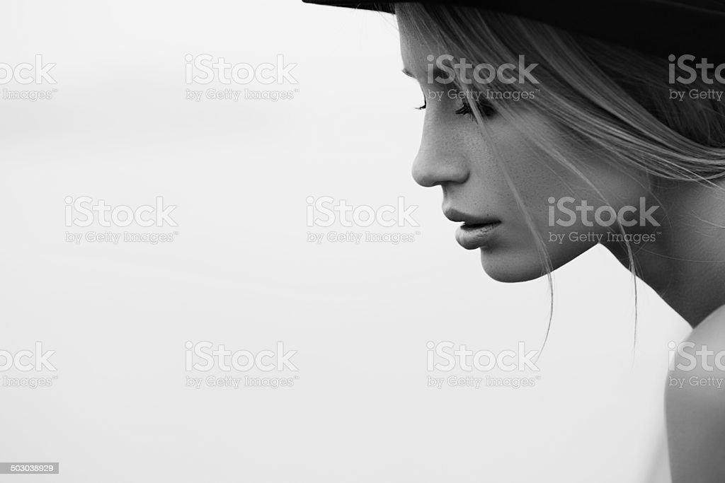 Porträt einer frischen und schönen Frau – Foto