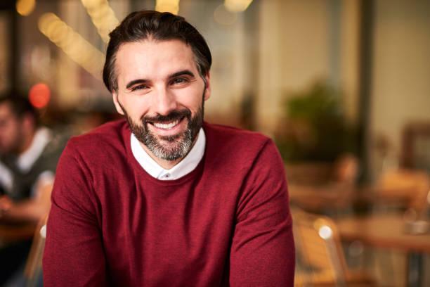 Portrait of a handsome smiling man picture id972870162?b=1&k=6&m=972870162&s=612x612&w=0&h=idtdi 94tylfvwetkngxpffdhjmgx1pcsrlmf9i3voc=