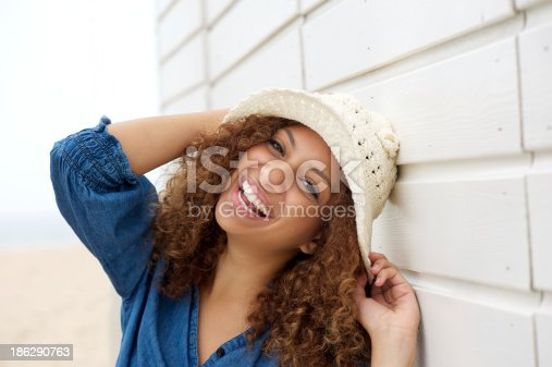 186534921 istock photo Portrait of a laughing woman wearing hat 186290763