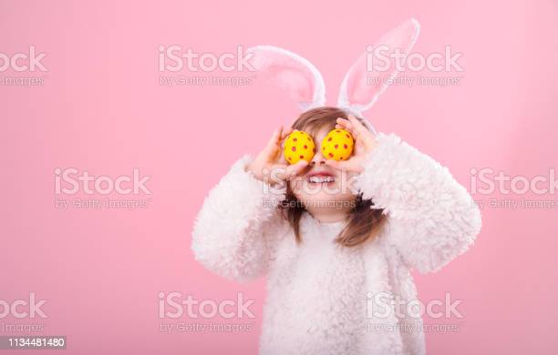 Portrait of a little girl with bunny ears and easter eggs picture id1134481480?b=1&k=6&m=1134481480&s=612x612&h=tbcekrtdgv61ac2ggbswxusbis2sny2l8wutofzgejm=