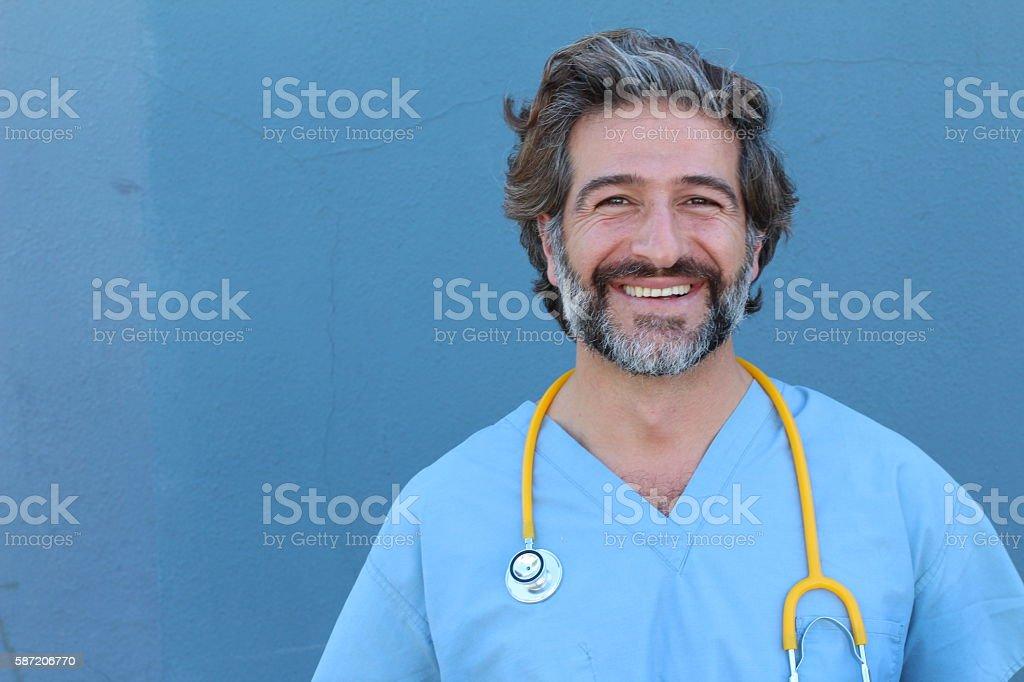 Retrato de um sorridente bonito Doutor foto royalty-free