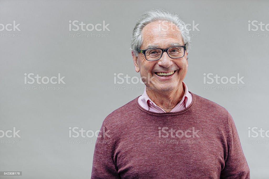 Retrato de un hombre de negocios Senior Sonriendo - foto de stock