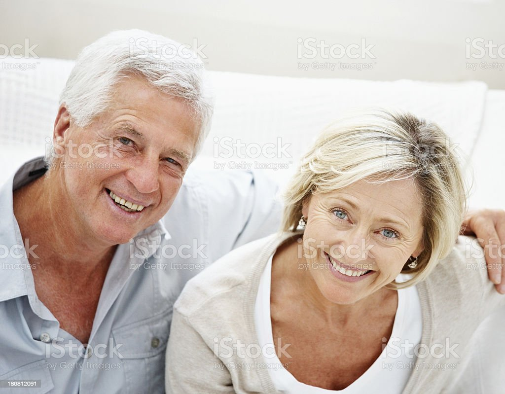 Portrait of a smiling senior couple at home - Royalty-free 50-54 Years Stock Photo