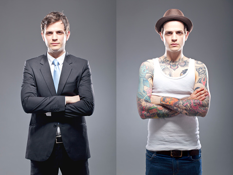 This series aims to portrait tattooed people in their professional and private lives.