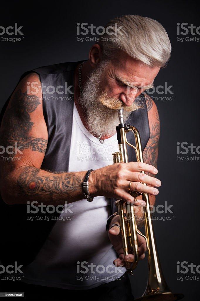 Retrato de um jogador de Trompete - foto de acervo