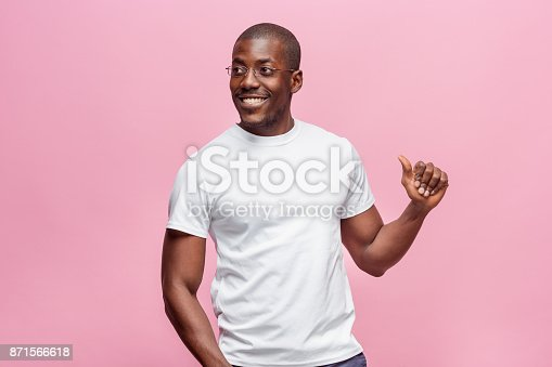 istock Portrait of a very happy afro American man 871566618