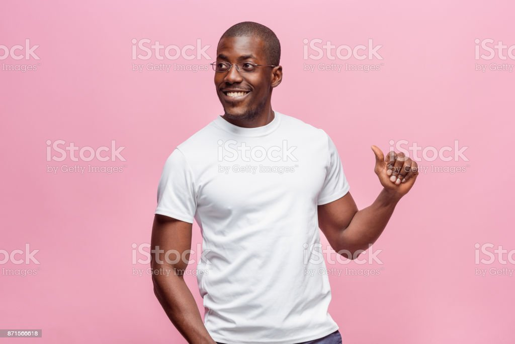 Portrait of a very happy afro American man - foto stock