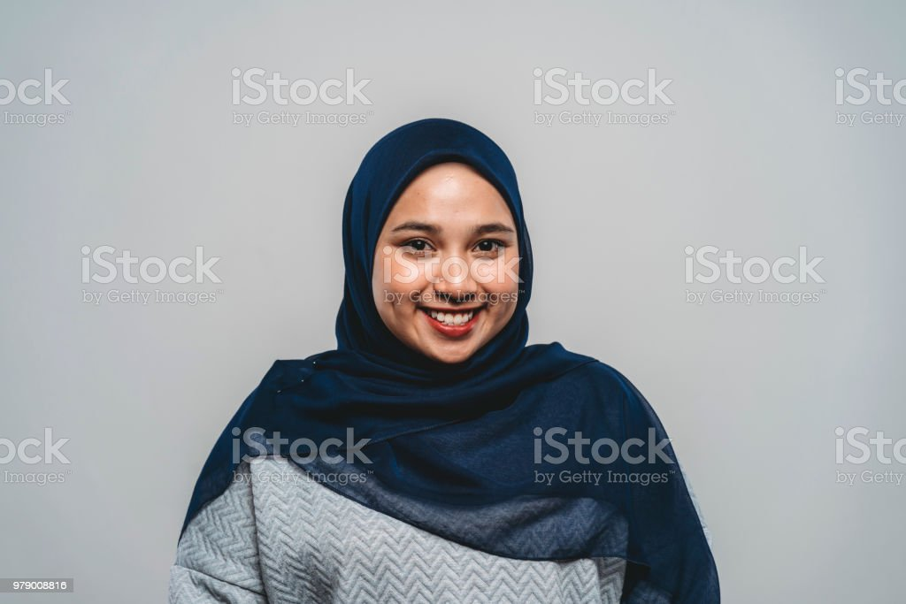 Portrait of a young adult malaysian woman - Foto stock royalty-free di 20-24 anni