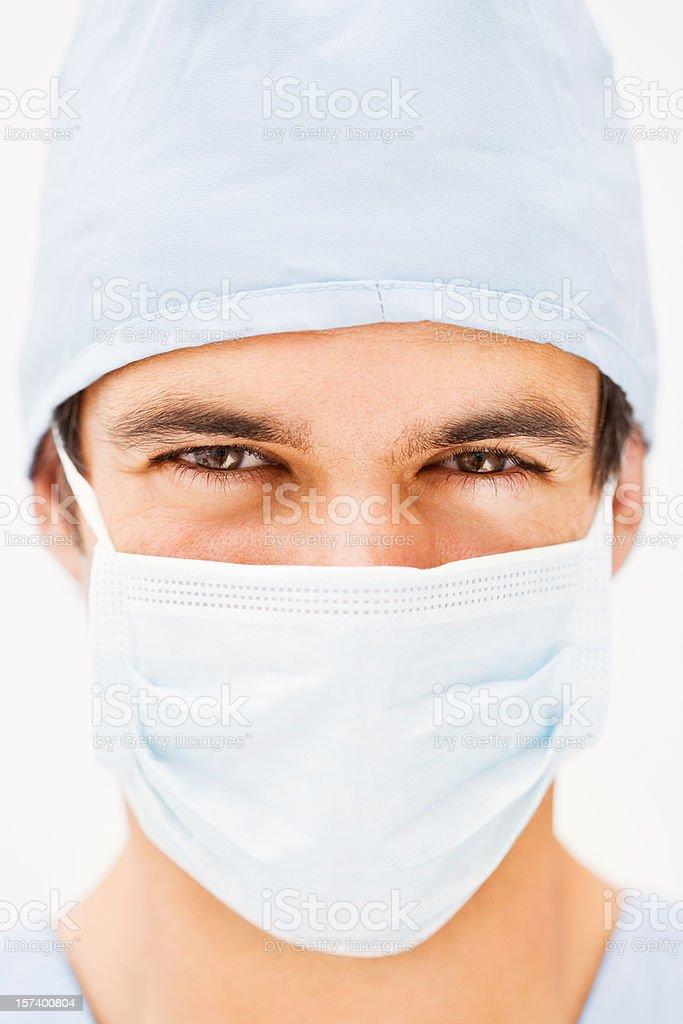 Porträt eines jungen Mannes mit OP-Mundschutz - Lizenzfrei Arzt Stock-Foto