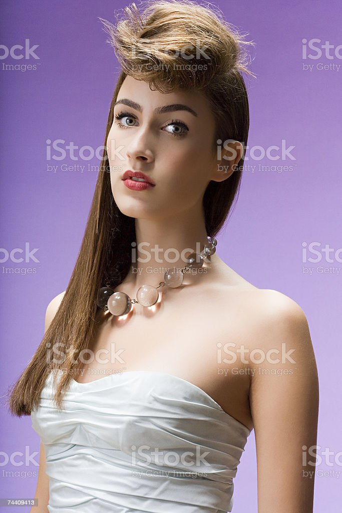 Retrato de uma mulher jovem foto de stock royalty-free