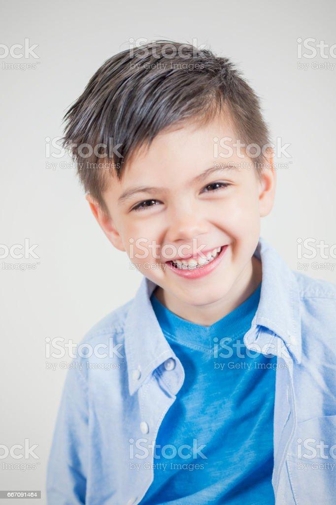 Porträt von süßen asiatischen kleiner Junge – Foto