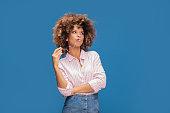 istock Portrait of afro girl in eyeglasses. 995744752