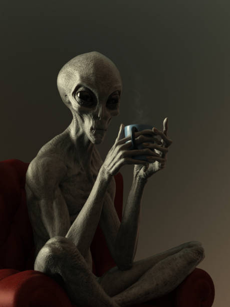 portret van een vreemde hete drank van het drinken - buitenaards wezen stockfoto's en -beelden