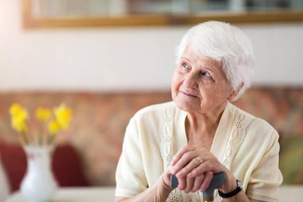 Porträt einer älteren Frau – Foto