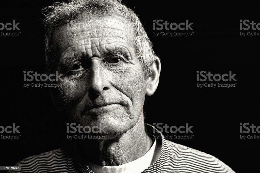 Portrait d'un ancien Swiss producteur laitier en vêtement traditionnel - Photo