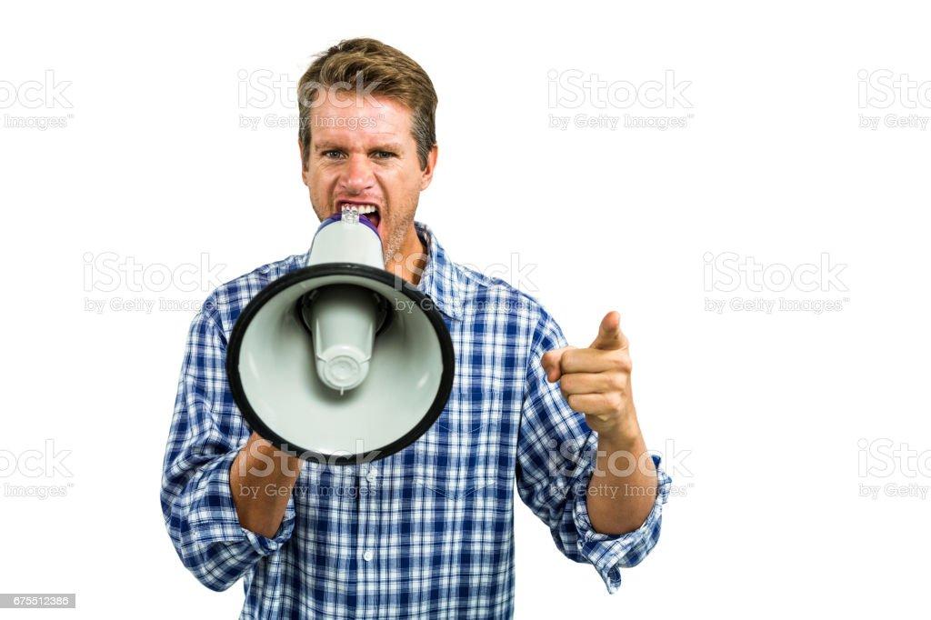 Megafon ile bağıran kızgın adam portresi royalty-free stock photo