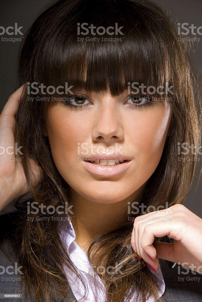 Retrato de Morena atractiva foto de stock libre de derechos