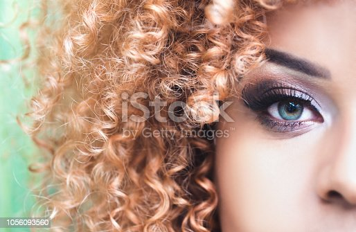 One Woman Only, Highlights, Adult, Adults Only, Green Eyes