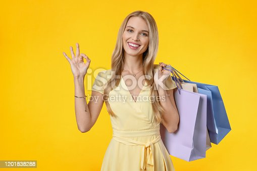 Backgrounds, Females, Young Adult, Shopping, Lifestyles