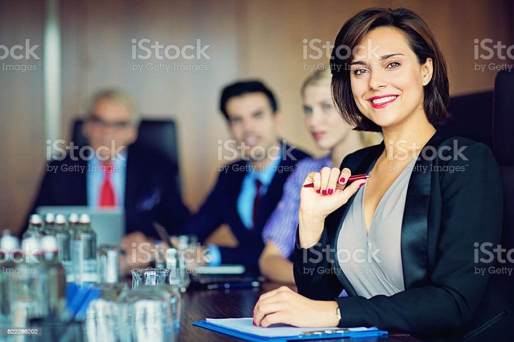 Portrait of businesswoman with her team – Foto