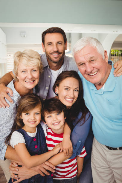 portrait of cheerful family - composizione verticale foto e immagini stock