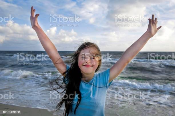 Portrait of down syndrome girl smiling on background of the sea picture id1010208138?b=1&k=6&m=1010208138&s=612x612&h=9xykotcoieerjw1kmfheqd nkumouixjgzwt s7tv c=