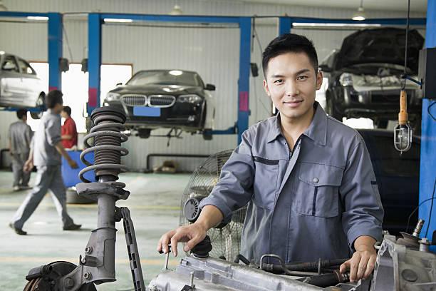 Porträt der Garage Mechaniker – Foto