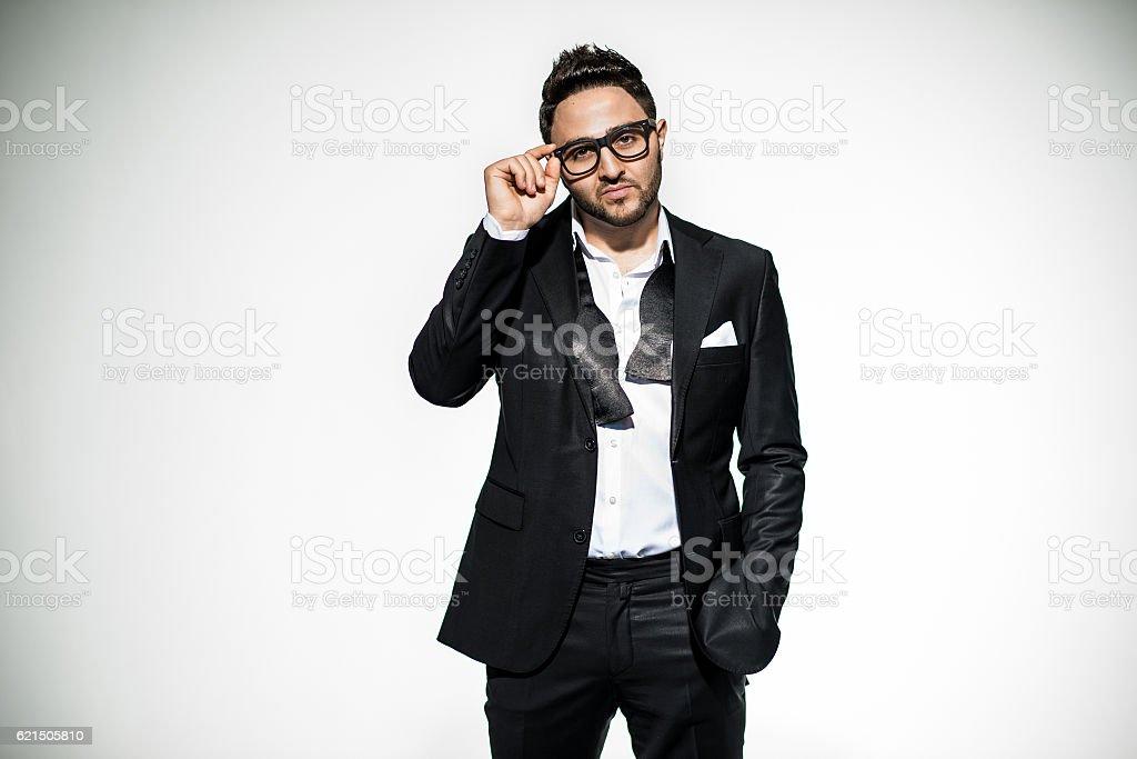 Portrait de bel homme dans un costume élégant photo libre de droits