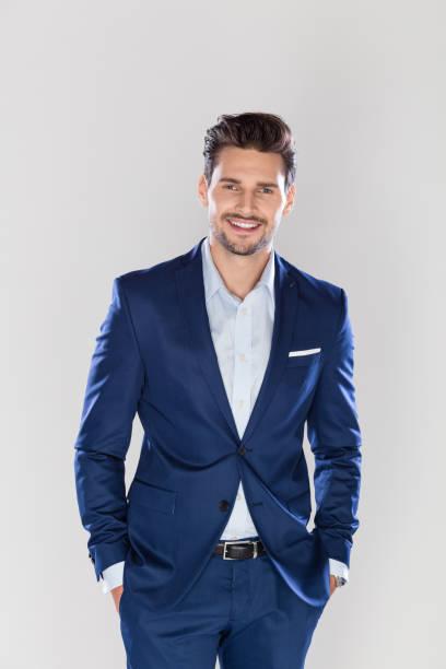 Porträt hübscher junger Geschäftsmann – Foto