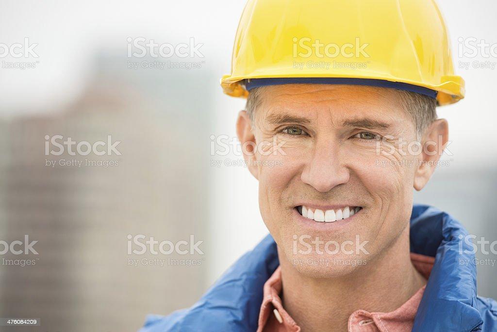 Porträt der glückliche Arbeiter – Foto