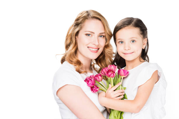 Portrait of happy mother and little daughter with bouquet of flowers picture id917618128?b=1&k=6&m=917618128&s=612x612&w=0&h=8fbi3ukgutq1x5vdmdhh w5qpcz9r rbtdl2vf8hm2c=