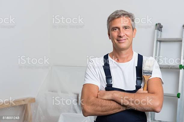 Portrait of happy painter picture id518551243?b=1&k=6&m=518551243&s=612x612&h=n0wuaaxfng8bxos1j4h5r8yksqmislsdoognmnxs2u4=