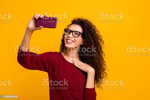 Portrait of her she nice cute attractive cheerful cheery wavyhaired picture id1128926426?b=1&k=6&m=1128926426&s=612x612&h=3kstmwtfevfd3bgo0ffaujc720ast ecknrwh5ulmzy=