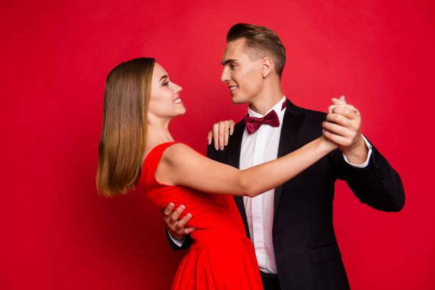 portrait of his he her she two nice sweet tender lovely attracti - tango taniec zdjęcia i obrazy z banku zdjęć