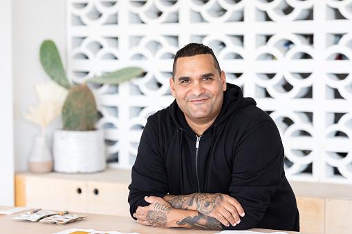 Porträtt Av Inhemska Aboriginska Australiska Artist-foton och fler bilder på 40-49 år