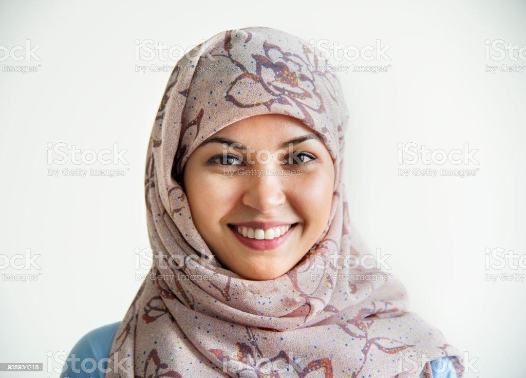 Porträt des islamischen lächelnde Frau – Foto