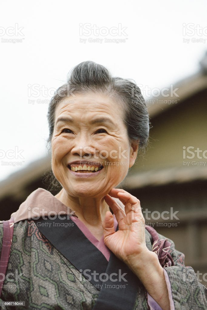 Portrait of Japanese woman in Edo period town