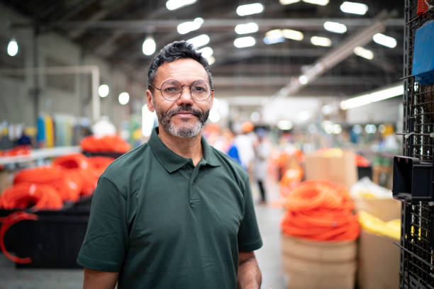 Portrait of man in factory picture id1195885142?b=1&k=6&m=1195885142&s=612x612&w=0&h=rlcfefx8vs1le ucolqejm3euqdhqdof7eg18lal5ou=