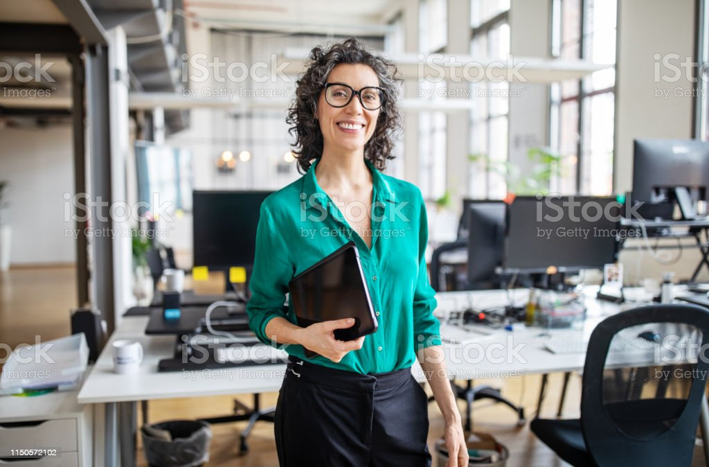 Portrait of mature businesswoman in casuals - Royalty-free 40-44 Years Stock Photo