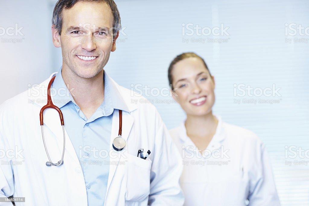 Porträt von Reife Doktor mit Stethoskop - Lizenzfrei Arzt Stock-Foto