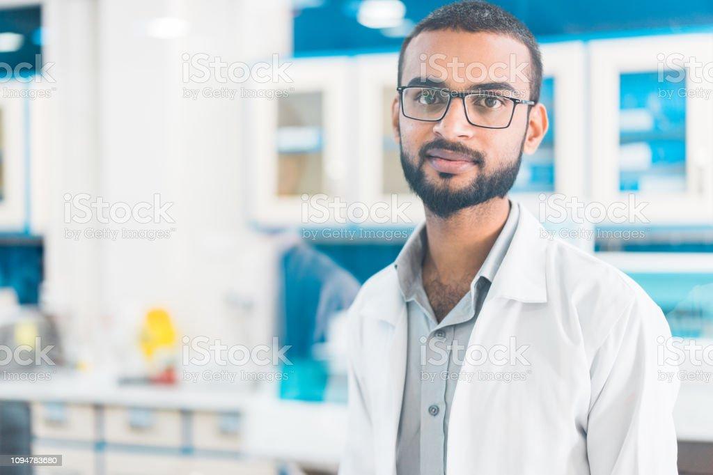 Retrato del trabajador médico. - foto de stock