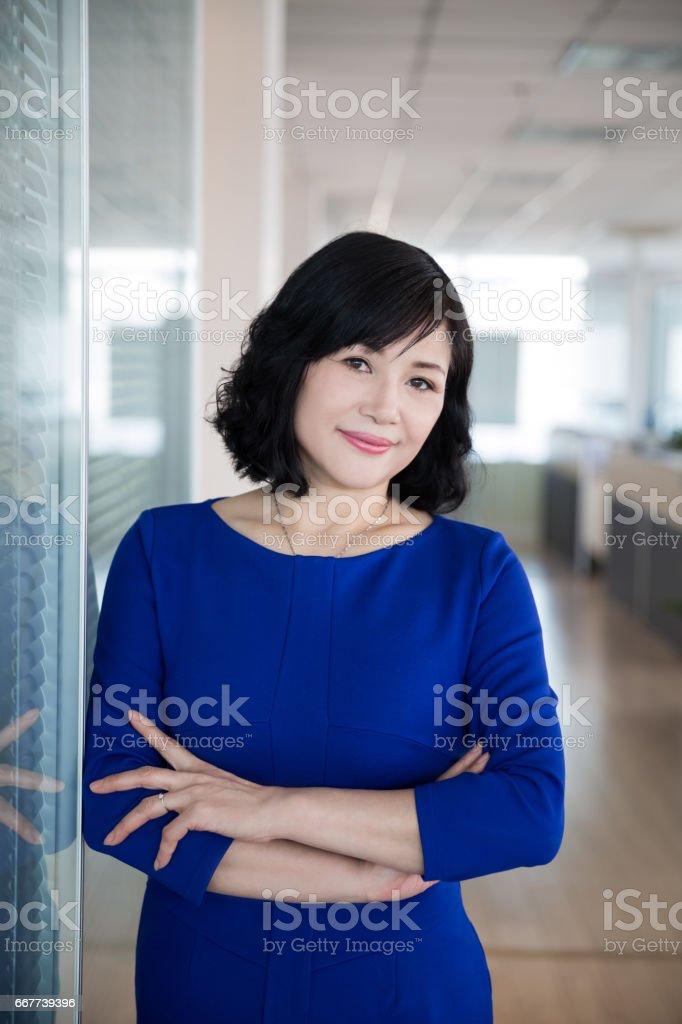 Porträt des mittleren Alters Managerin – Foto