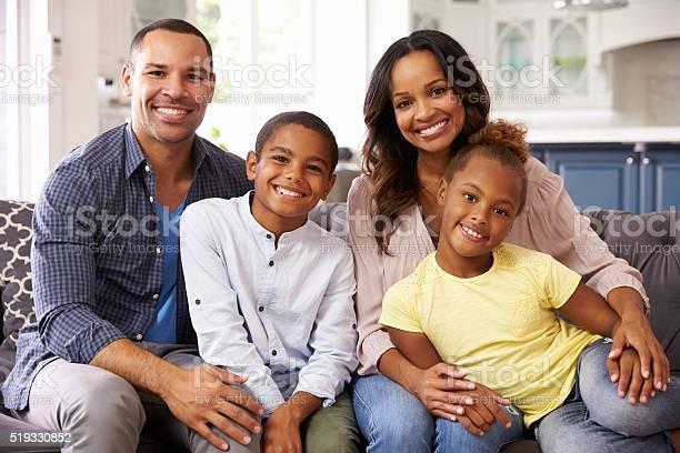 Portrait of parents and young children relaxing at home picture id519330852?b=1&k=6&m=519330852&s=612x612&h= hc9fofr hemt nuogojiky88ldvjbmrk1ufiq4mxty=