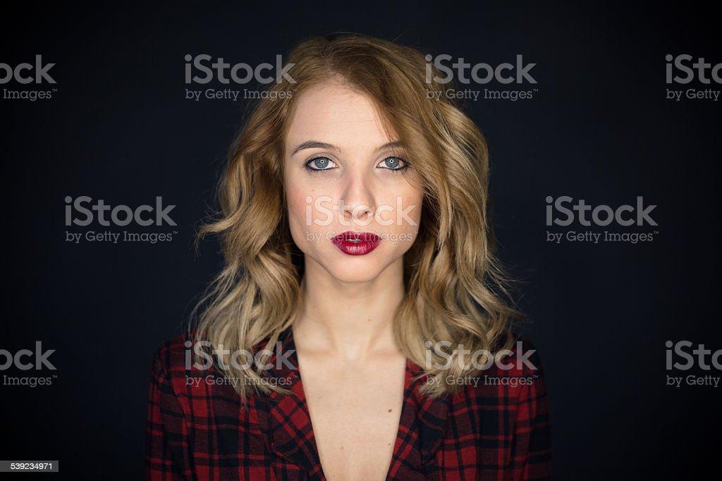 Retrato de mujer joven real foto de stock libre de derechos